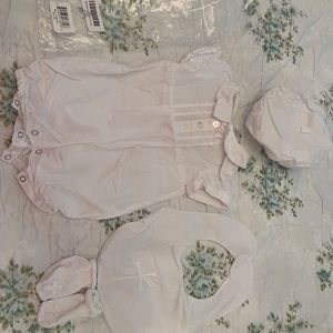 Christening outfit size 3 Months